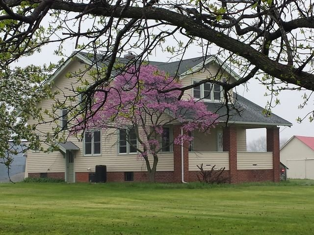 Vacation Rental Home - Quiet Farm Near Lake Shelbyville Assumption Pana Illinois, vacation rental in Taylorville