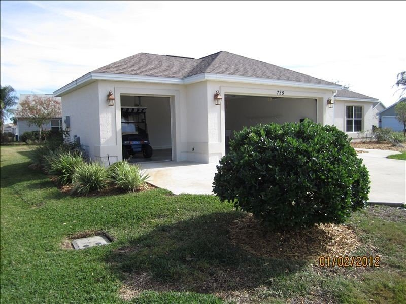 Beautiful Home! Come enjoy The Villages, holiday rental in The Villages