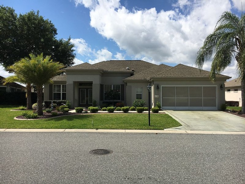 Del Webb Gated Community, five Miles North of the Villages, casa vacanza a Belleview
