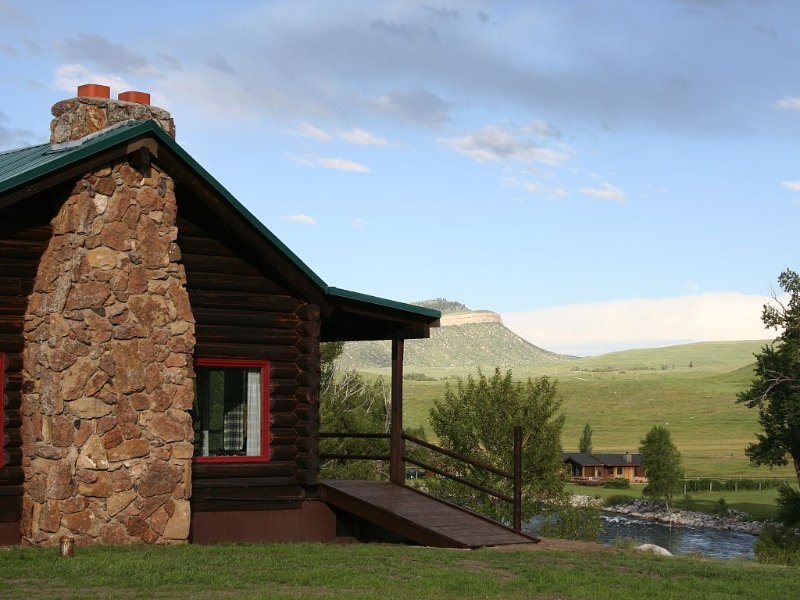 LOG LODGE overlooking Stillwater River & West Fork of Stillwater River