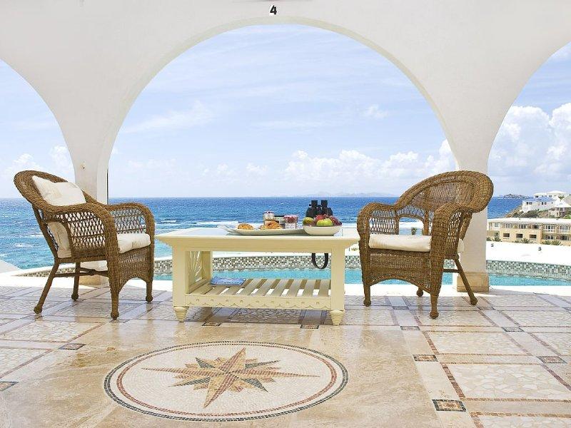 Beach Villa Oyster Pearl Cool Breeze Soft Sand Warm Ocean., aluguéis de temporada em St-Martin/St Maarten