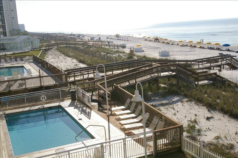 Have it All with this 'Low Priced' condo: Beach, Golf, Fishing!!, location de vacances à Perdido Key