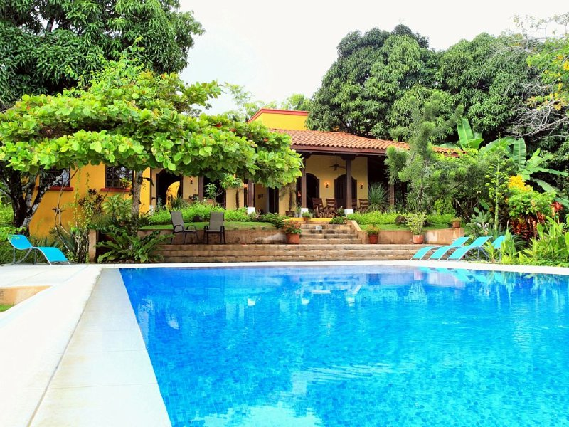 Your Dream House - Luxury in a Stunning Natural Setting, holiday rental in Santa Teresa