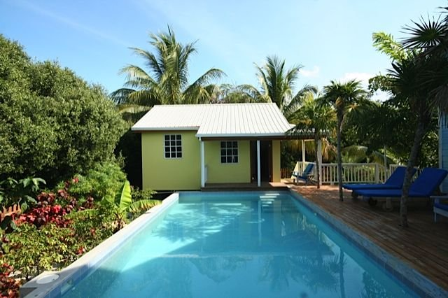 1 Bdrm Brand New Island Cottage W/ Pool!, holiday rental in Caye Caulker