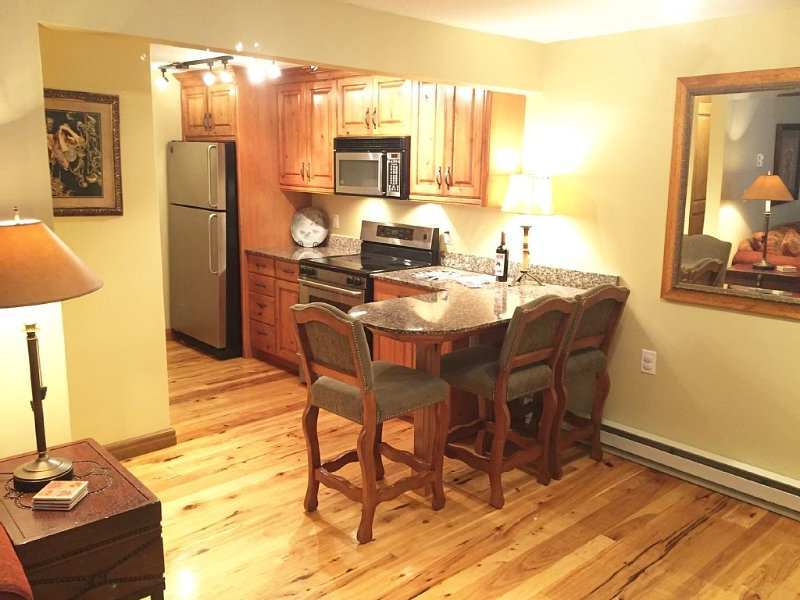 Special $249/night. Great Reviews! Book Now! 2 BD/1BA - Pool & Tennis., alquiler de vacaciones en Teton Village