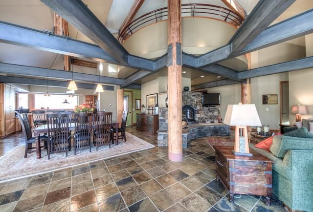 LUX 5+BD/5BA - Flexible cancellation policy; meets strict cleanliness guidelines, holiday rental in Big Sky
