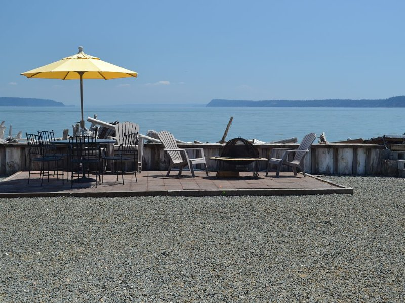 Waterfront, Paradise Found, vacation rental in Camano Island