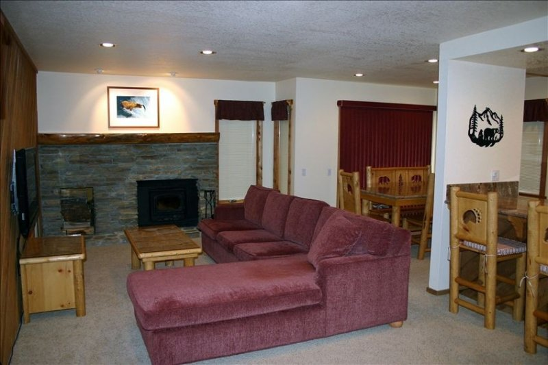 5-Star Reviews, Scenic Location, High Speed Internet, vacation rental in Mammoth Lakes
