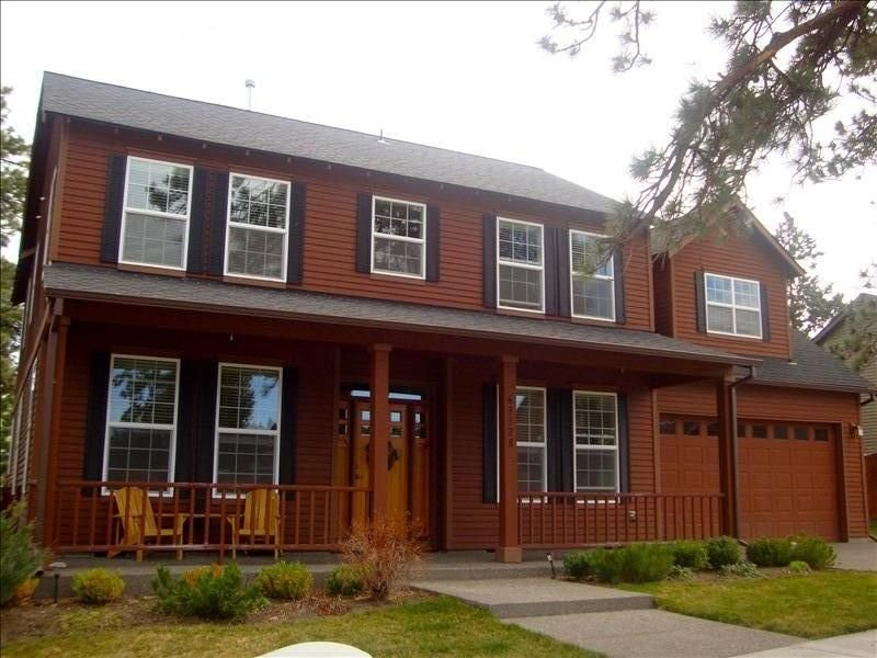 Beautiful Family Vacation Home. 5 Bedrooms, Wi-Fi, Westside, 5mins from Old Mill, vacation rental in Bend