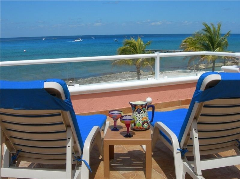 Oceanfront Beach House, Great Views, Close to Dive Sites!, vacation rental in Cozumel