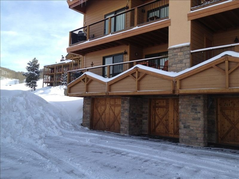 'Paradise' Condo, Ski In, Ski Out in Crested Butte , 2/2, Great Views, Hot Tub, holiday rental in Crested Butte