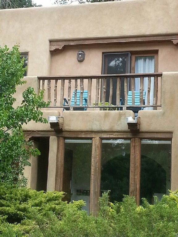 Front of Taos Condo