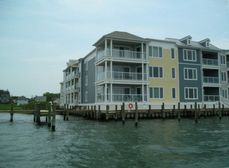 Sunset Bay Villas on Chincoteague Island Waterfront Condo, alquiler de vacaciones en Isla de Chincoteague