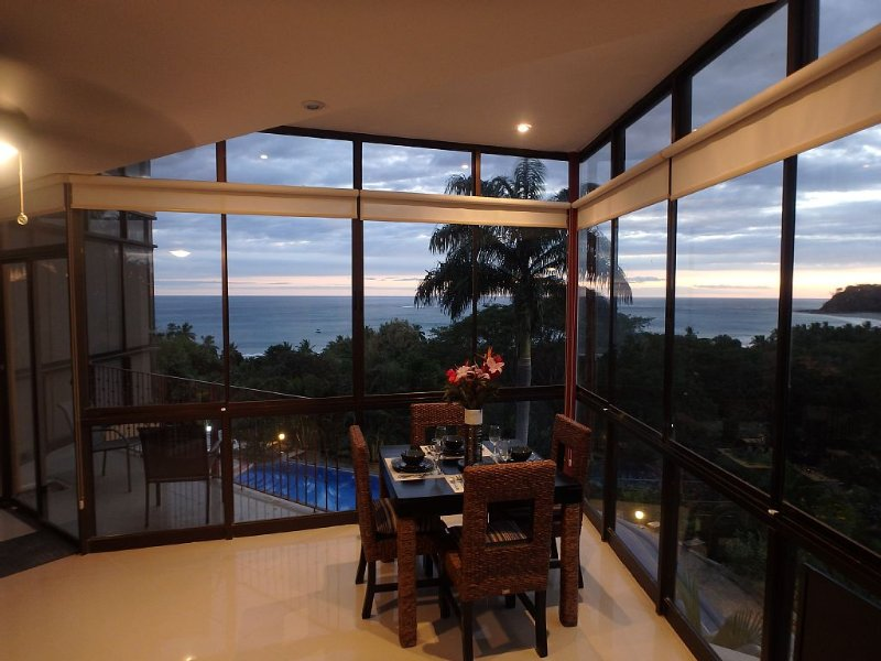 Million dollar view! Great location., vacation rental in Nicoya