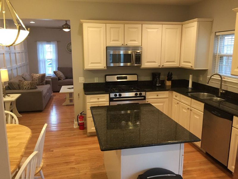 Best Location In LBI! Walk To Everything, holiday rental in Long Beach Island