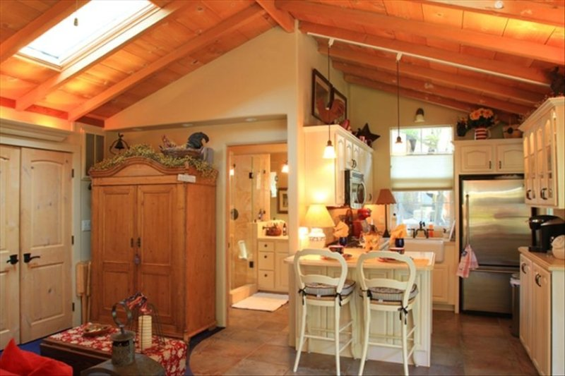 Quiet Wooded Guest Cottage, location de vacances à Monterey County