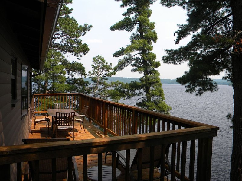 Soaring Views From The Hilltop Cabin, holiday rental in Crane Lake