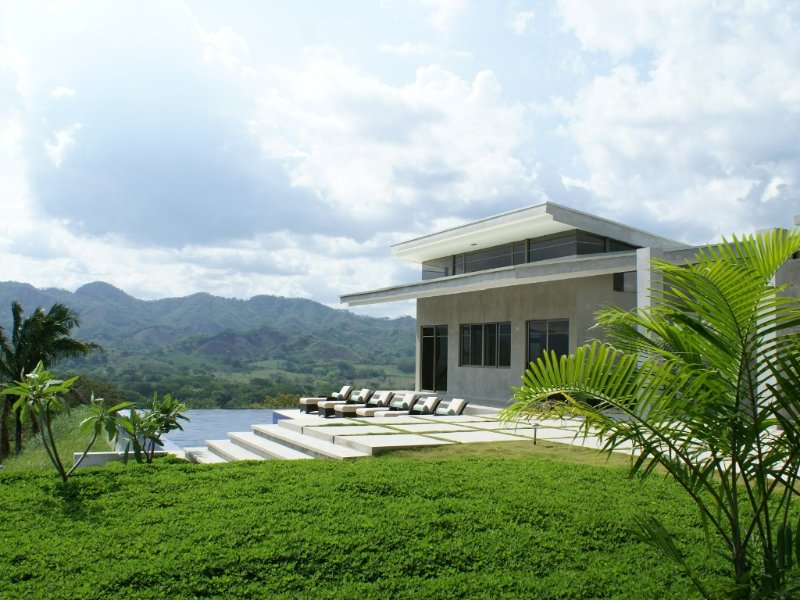 Home in the Clouds - 'Casa las Nubes' Private Guest House Available, aluguéis de temporada em Nicoya