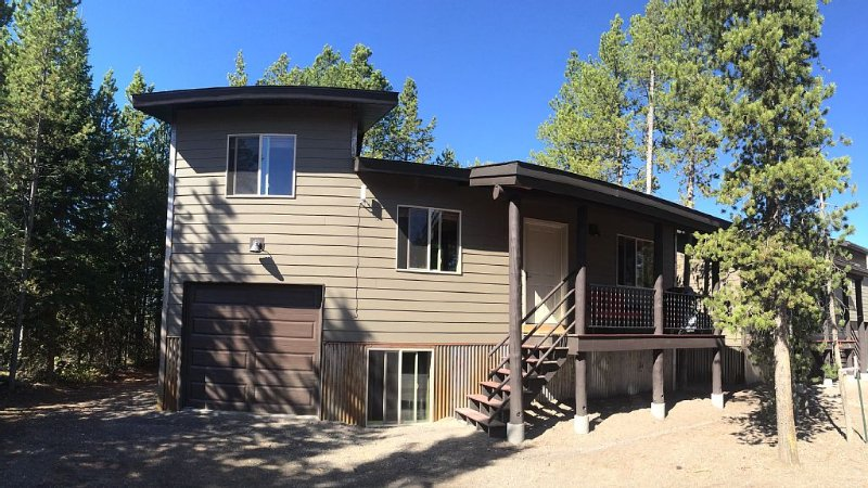 Your Home Away From Home Close To Yellowstone National Park, holiday rental in West Yellowstone