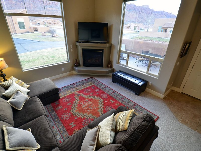 Southwest Luxury - Minutes from Arches and Canyonlands, vacation rental in Moab