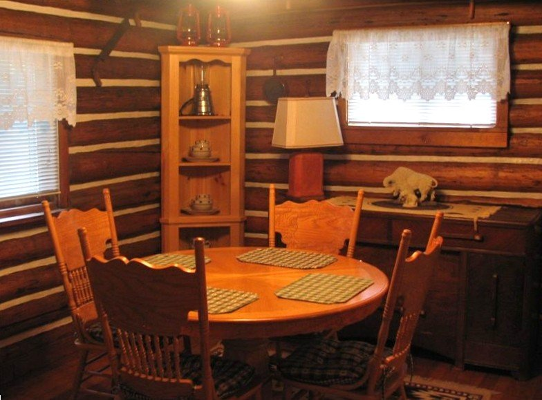 The White Buffalo Cabin -$225 Night, holiday rental in West Yellowstone