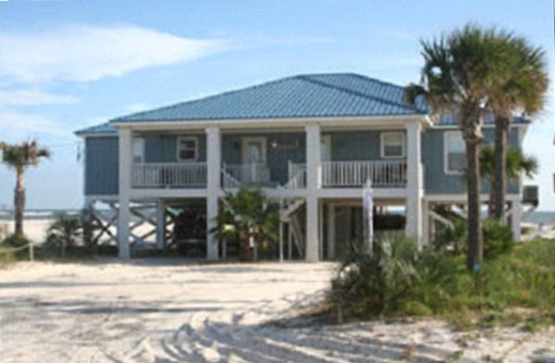 Luxurious Beachfront Home! - Granite, Italian Tile Floors, Etc, alquiler de vacaciones en Fort Morgan