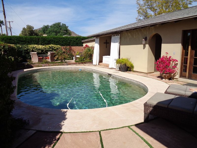 Private Resort-Style Living, vacation rental in Paradise Valley