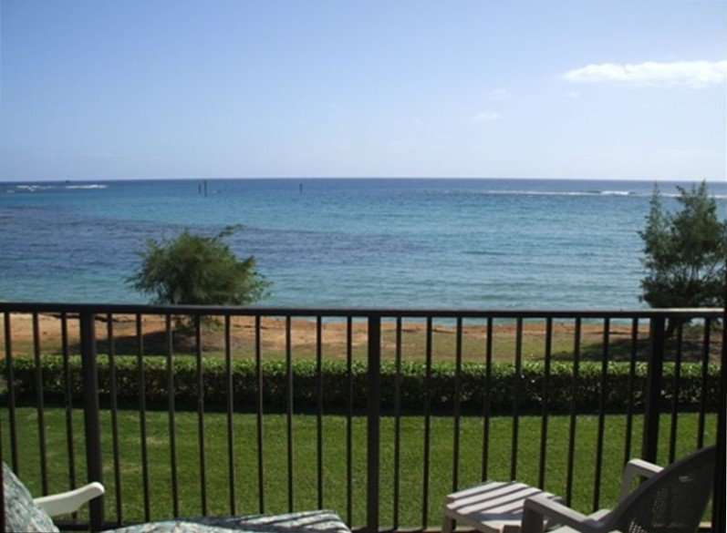 Lanai so close to 3 mile beach - almost dip in your toe from the lanai!!- Kauai