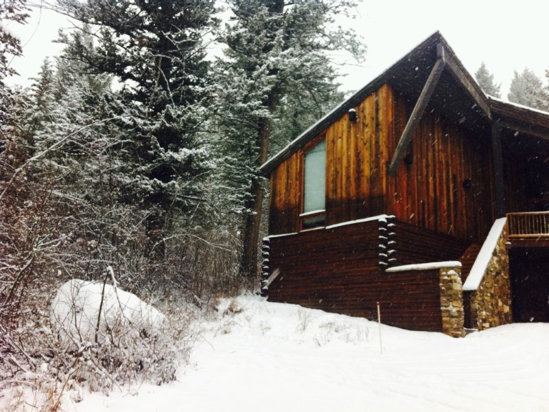 Ski-In/Ski-Out House! Jan 18 - Jan 28 available! Last minute discount available, alquiler de vacaciones en Teton Village