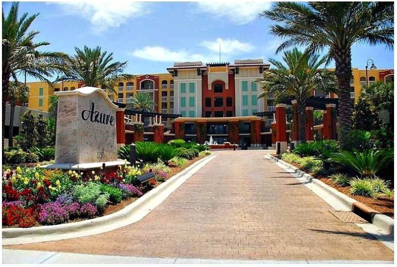 Newly Updated Condo~Gulf View~Free Beach Service~Inquire for Spring Discounts!, alquiler vacacional en Fort Walton Beach