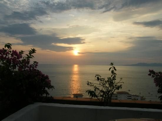 Gorgeous, Panoramic Views of the Ocean, Minutes to Beach & Restaurants!, alquiler de vacaciones en Puerto Vallarta
