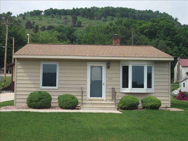 Cabin Near Mississippi River in Brownsville, Minnesota, vacation rental in Coon Valley