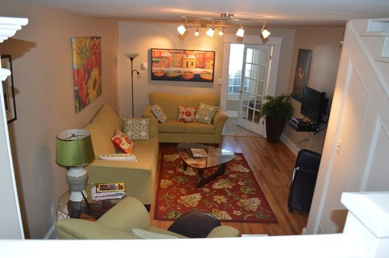 2 Br 2 Bath In Heart Of Old St. John's- monthly rental promoted, holiday rental in Pouch Cove