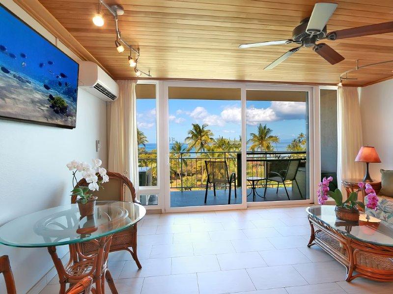 Amazing Ocean View, Top Floor, Across  St from beach, AC,  S Kihei Maui,  603., alquiler de vacaciones en Kihei
