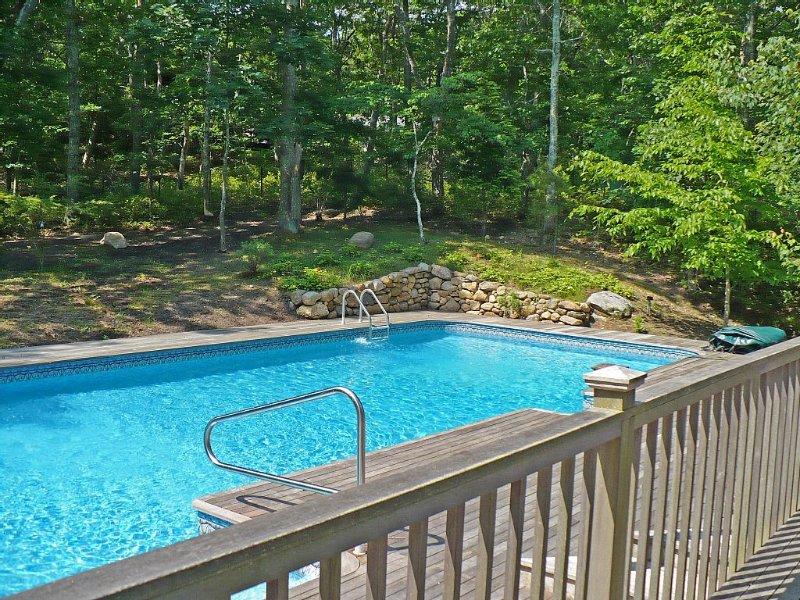 Modern Spacious Hamptons House With 46 Ft Heated Pool,  Amagansett, alquiler vacacional en Amagansett