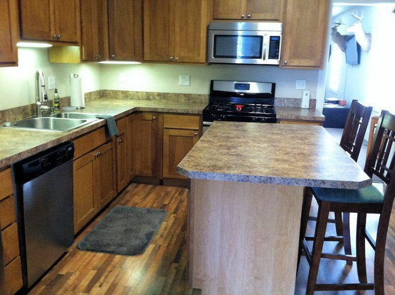 We Bring The Comforts Of Home To The Outdoors!, holiday rental in Sesser