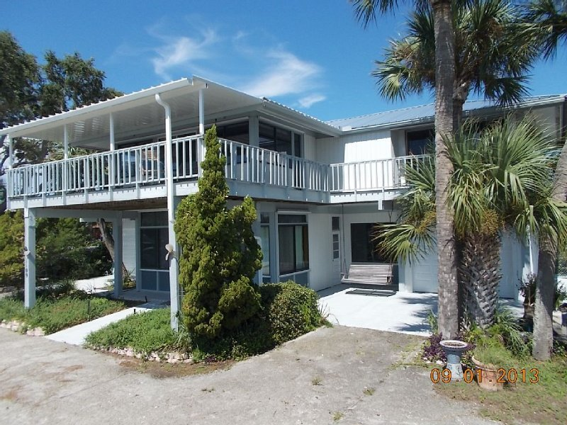 Beach House on Goose Cove., vacation rental in Cedar Key