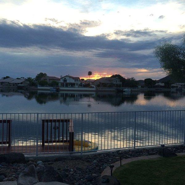 Spring Training, Golf, Fishing, Hiking, Heated pool,Bowl games, vacation rental in Glendale