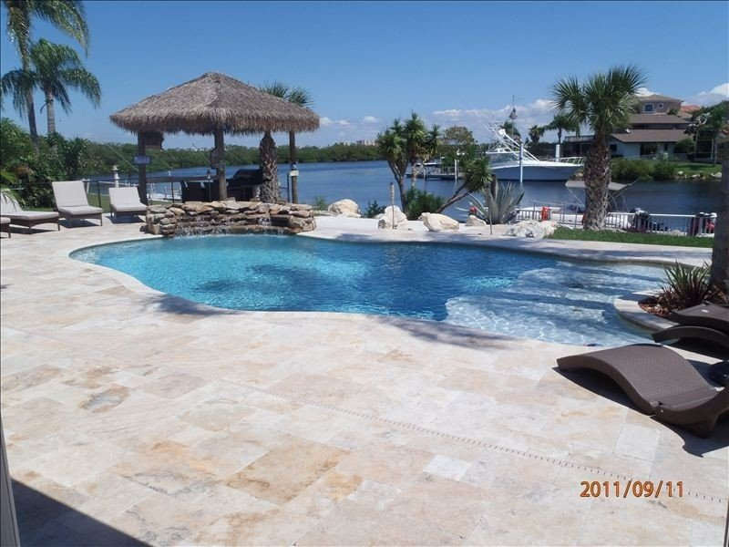 Gorgeous 3 bed 3 bath home, holiday rental in Elfers
