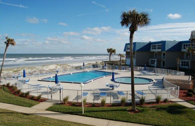 Dir Ocean Beach 2BR/2BA Condo-, vacation rental in Marineland
