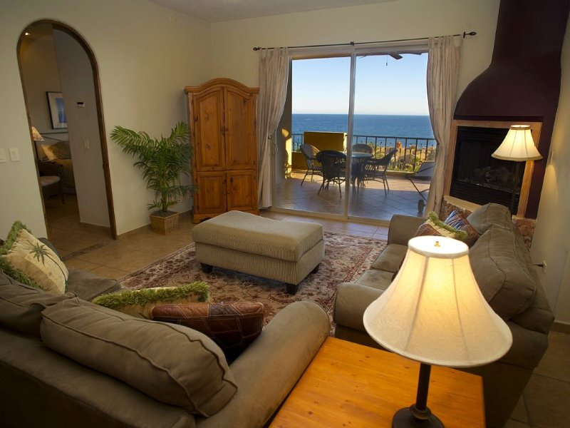 Updated and Luxurious Bella Sirena Condo • Best Views • Large Terrace, vacation rental in Puerto Penasco