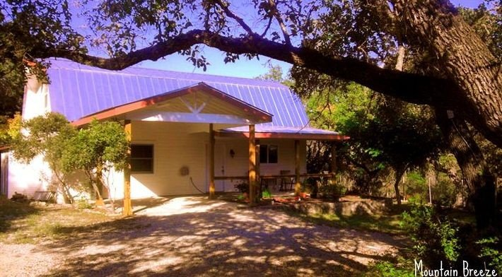 Secluded and safe 22 acres -- In the HEART of the TEXAS HILL COUNTRY, location de vacances à Canyon Lake