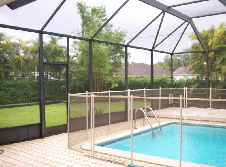 Sun filled 'Heated Pool' Home in Miami-Cutler Bay., location de vacances à Princeton