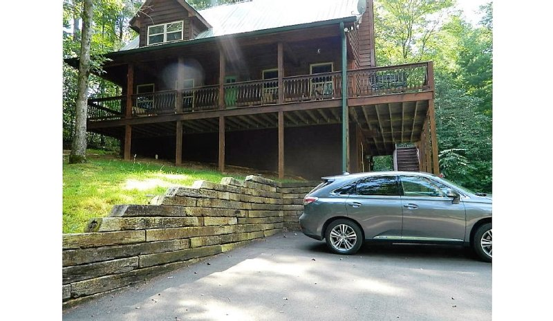 Unwind at Eagles Peak by the Chattahoochee National Forest!, holiday rental in Helen
