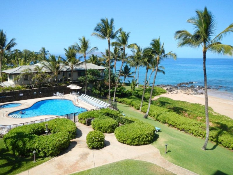Wailea, Oceanfront, Luxury, Polo Beach Club Condo #403, holiday rental in Wailea