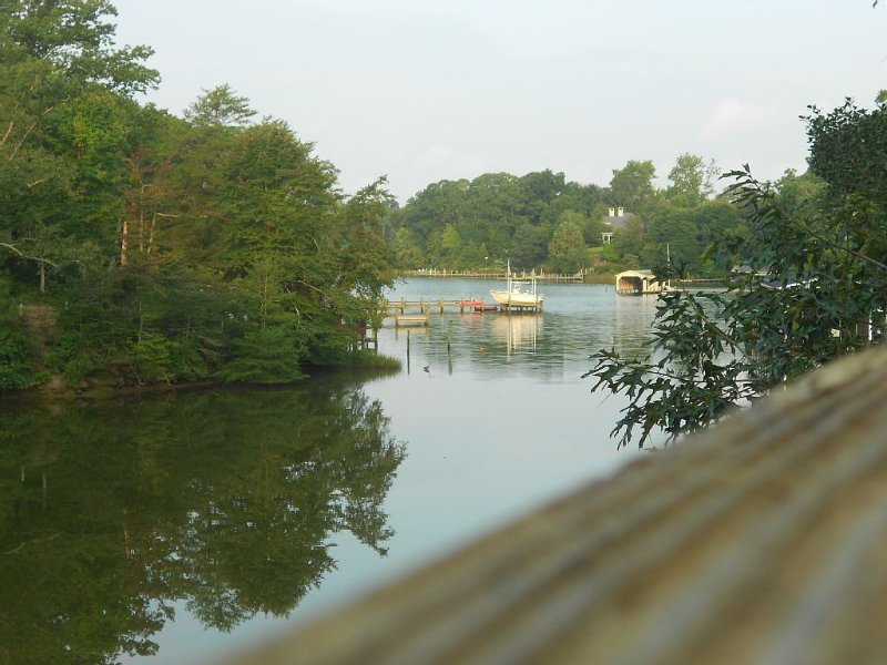 Enjoy Sunsets On The Creek In Your Own Private Paradise., holiday rental in Wake