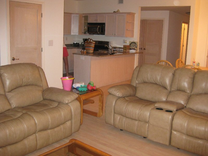 Closest property to Big Boulder Ski Resort - located on the Lake -FREE WI-F, holiday rental in Lake Harmony