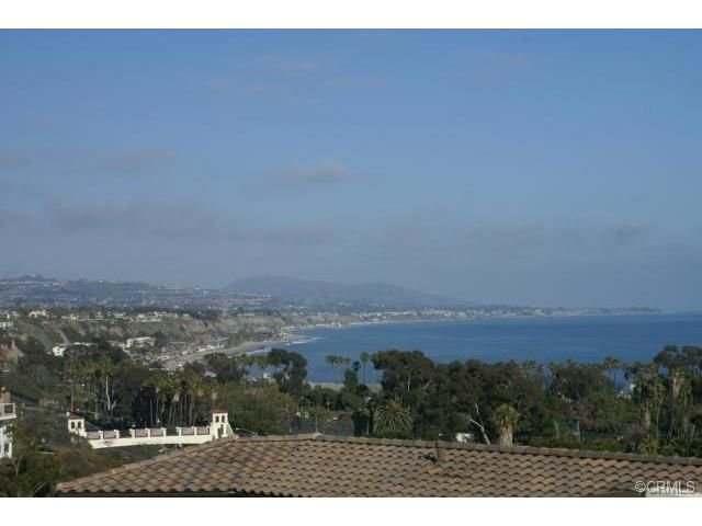 Remodeled Beachy, Short Walk To Beach & Harbor, Perfect For Long-Term Stay, holiday rental in Dana Point