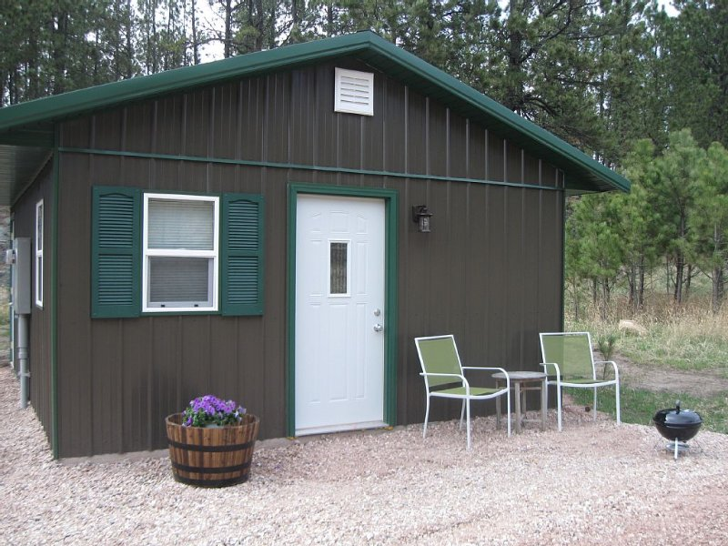 Great Quiet Location! Close to all the Attractions!, holiday rental in Custer