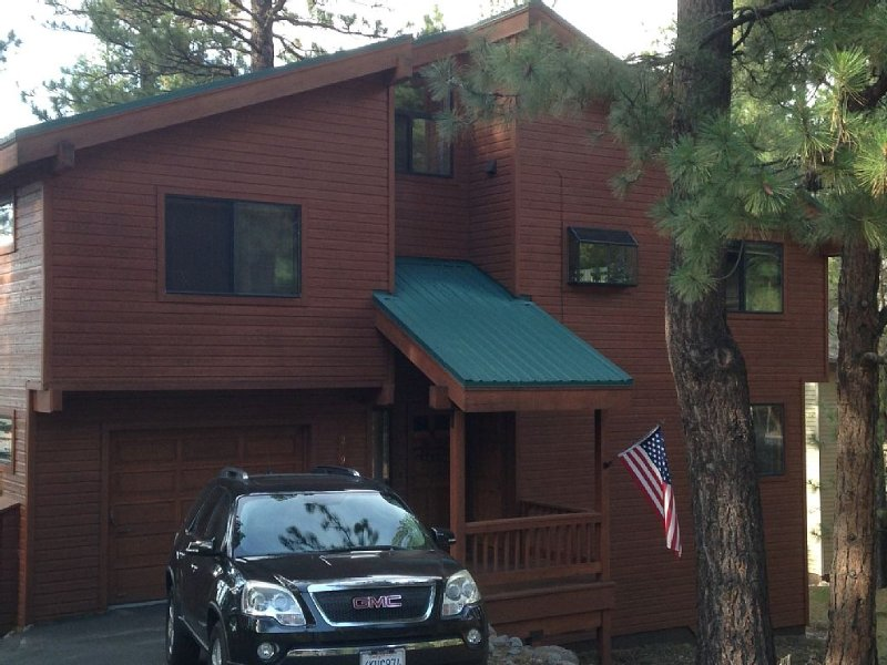 Warm and Family Friendly Mountain Style Northstar, vacation rental in Truckee